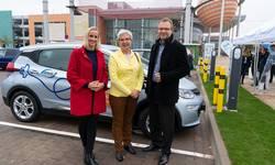 Diana Bohne (Nova Eventis), Dr. Dietlind Hagenau (Stadt Leuna), Dr. Andreas Auerbach (enviaM) (v.l.)