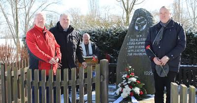 Gedenken am Denkmal in Leuna-Kröllwitz