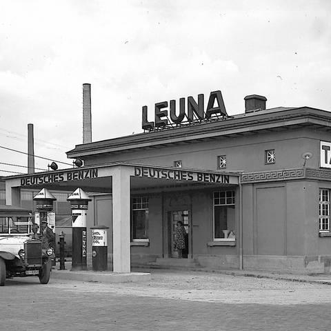 Die Leuna-Tankstelle