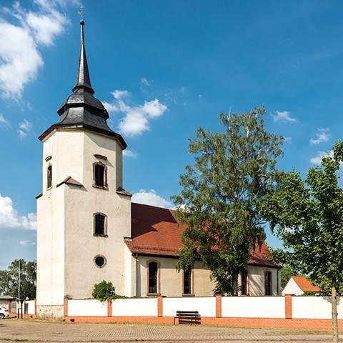 Kirche Pissen