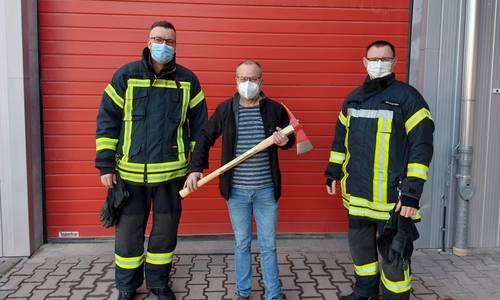 v. l. n. r. Matthias Forst (Stadtwehrleiter), Frank Schnauß (Kreisausbilder), Marcus Heller (stellvertretender Stadtwehrleiter)