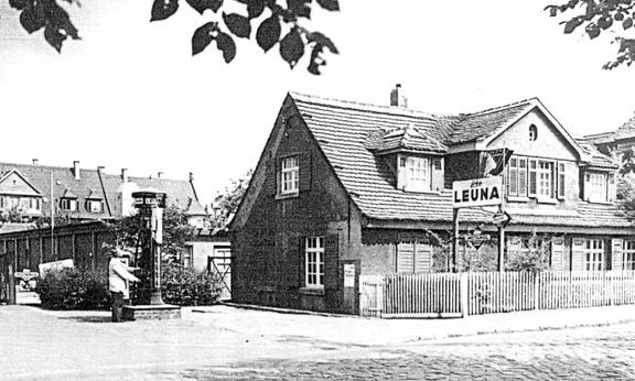 ©Festschrift 50 Jahre Stadt Leuna, Druckhaus Möllers, Leuna 1995, Seite 57